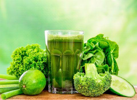Smoothie-Rezept für einen Grünen Smoothie mit Brokkoli - steigert die Abwehrkraft und regt die Selbstheilungskräfte an