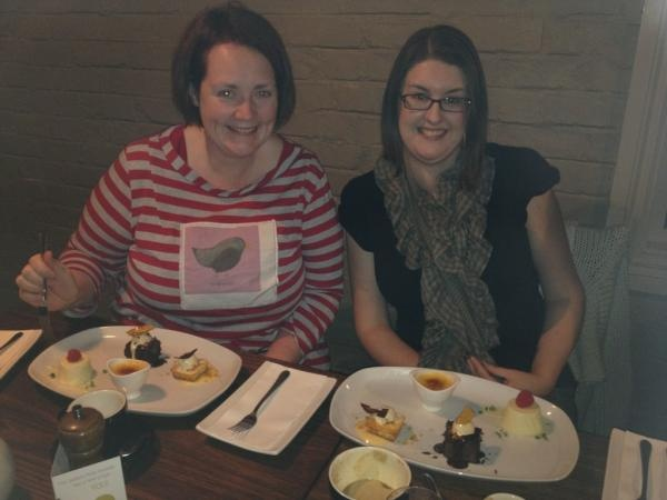Day29: People - #DessertDivas WoodHouse Restaurant #Bendigo - @Marika McMahon & @PetitPixl - by @BendigoTalks