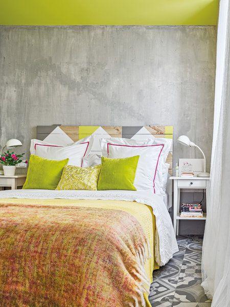 Casa en Murcia estilo industrial: deco personal en el dormitorio