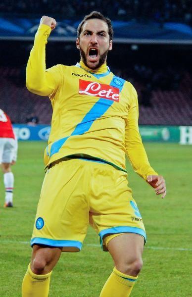 Gonzalo Higuain - Real Madrid to Napoli (€88.3m)