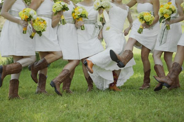 Bridesmaids in Cowboy Boots | photography by hillarymaybery.com/