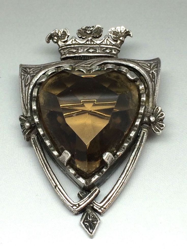 Rare Vintage Scottish Miracle Shield Brooch - heart shaped stone exclusive range