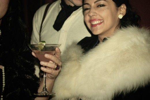 How to Throw a 1930s Theme Party