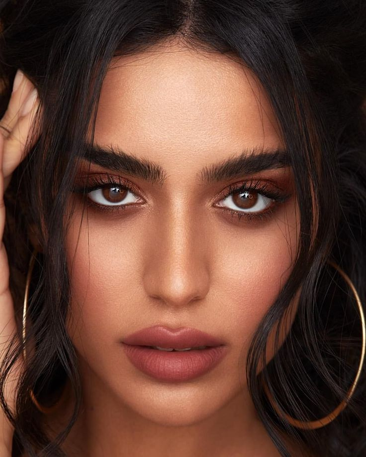 50 Simple Makeup Trends In 2019 for Brown Eyes