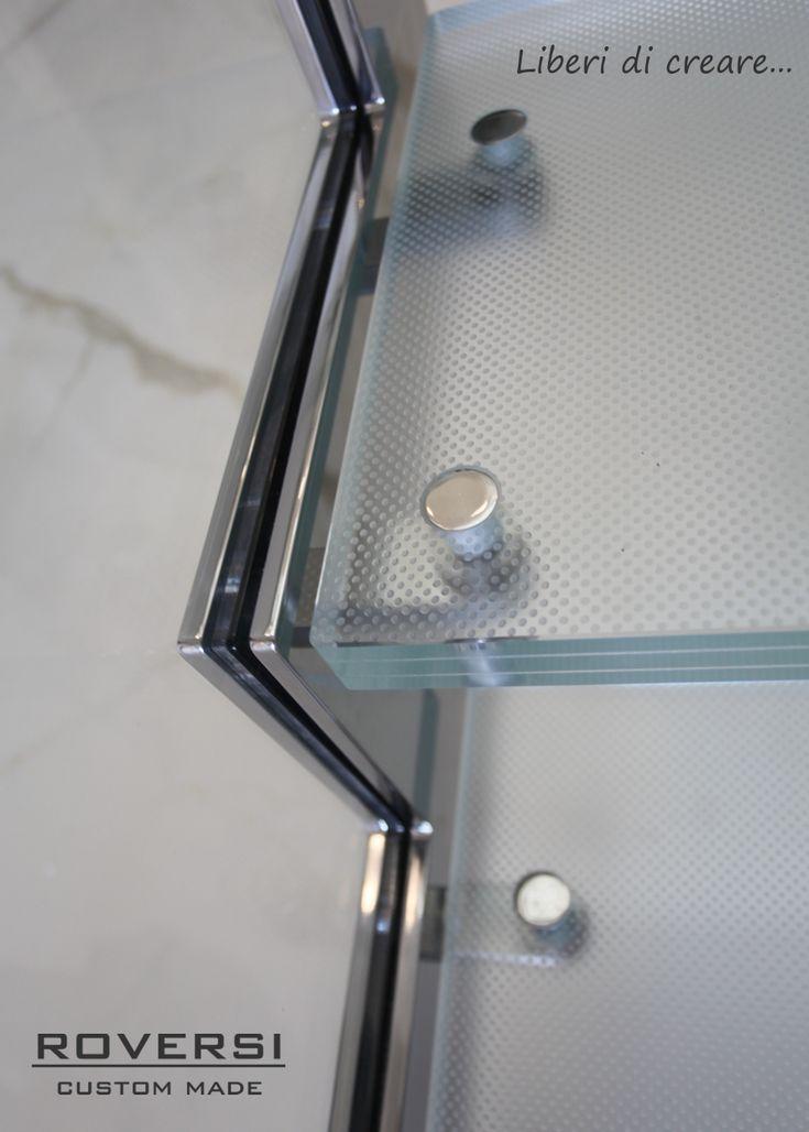 Scale in acciaio e vetro