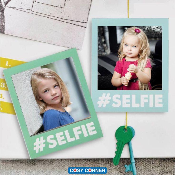 Selfie Μαγνητική Κορνίζα - Ιδανική λύση για να βλέπετε κάθε μέρα, τις μοναδικές στιγμές με τα αγαπημένα πρόσωπα σας! Απλά τοποθετείστε την φωτογραφία στην κορνίζα και εφαρμόστε σε οποιαδήποτε μεταλλική επιφάνεια. https://goo.gl/aXacKf