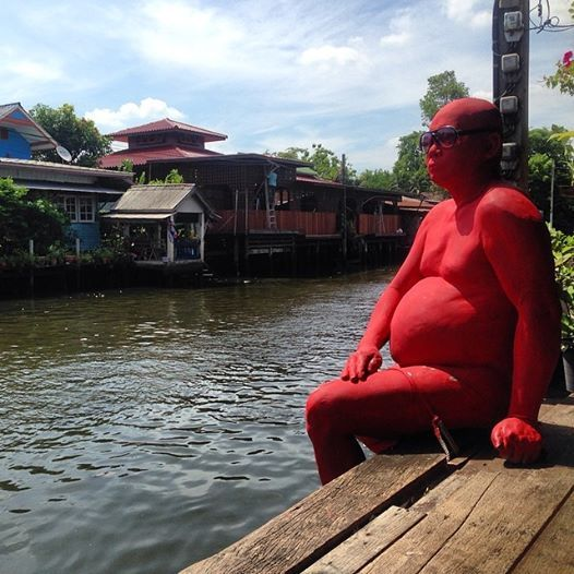 Carl Cox forgot his sunscreen in #Thailand #art in a canal