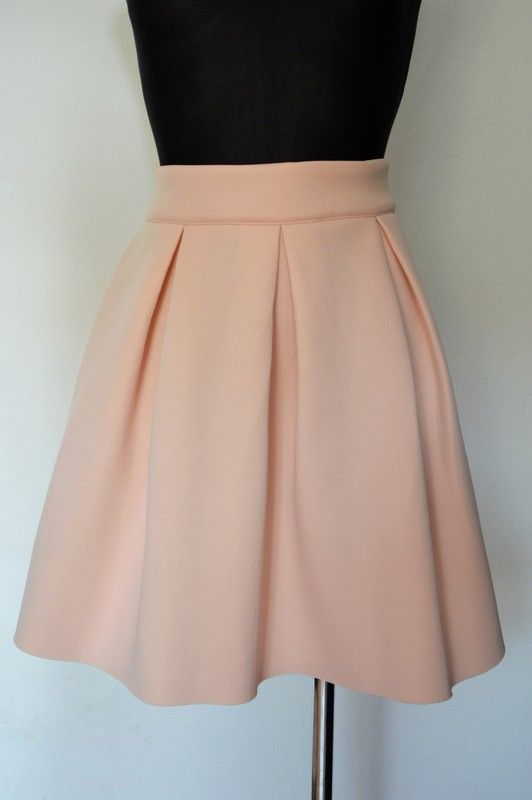 Różowa rozkloszowana spódnica M/S