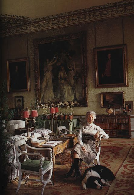 Blue Drawing Room at Chatsworth. The Dowager Duchess of Devonshire Deborah  Devonshire. Photo by Derry Moore 1985.