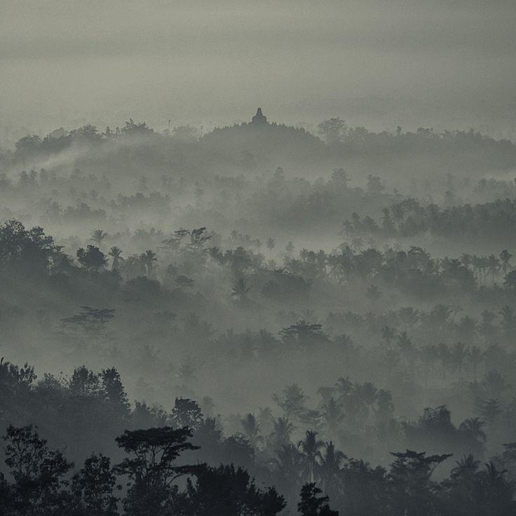 Borobudur AM  by   Hengki Koentjoro - had an amazing visit there