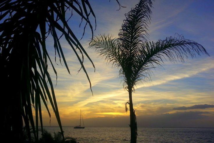 'Abend am Hotel' aus dem Reiseblog 'Über Weihnachten auf den Kanaren: Urlaub im Dorado Beach auf Gran Canaria'