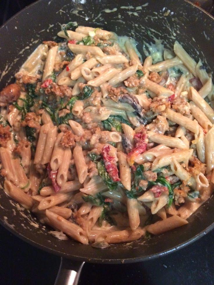 Honeybee Homemaker: 21-Day Fix Recipe: Sausage & Kale Pasta