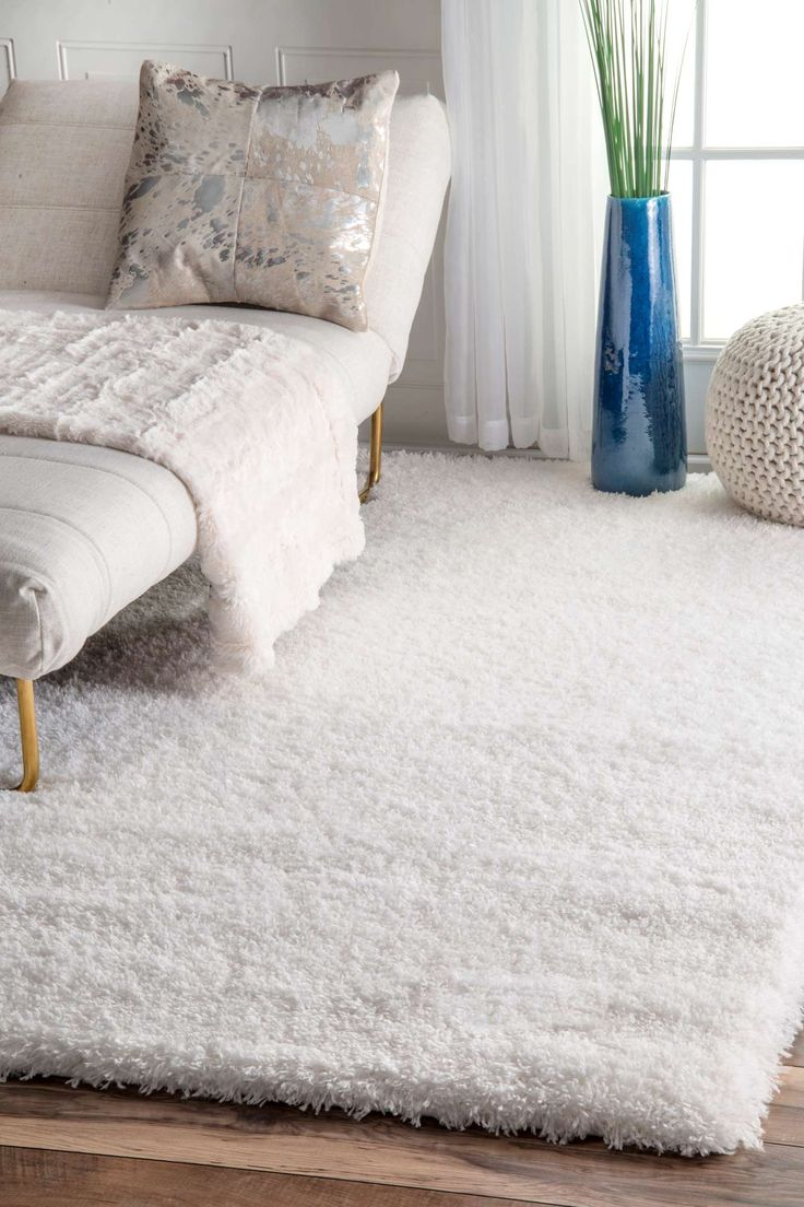 25 Best Ideas About White Shag Rug On Pinterest White