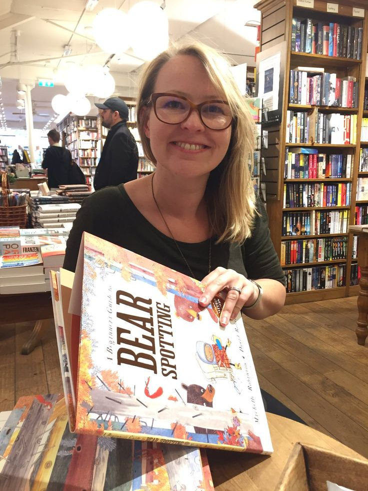 """Michelle ✐ Robinson on Twitter: """"❤️Best Day Ever ❤️ Thanks to @Bathfestivals and @KidsBloomsbury! #BearSpotting #DavidRoberts """""""