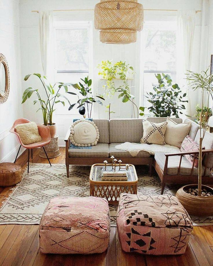 Great space! Neutrals, different patterns & textur…