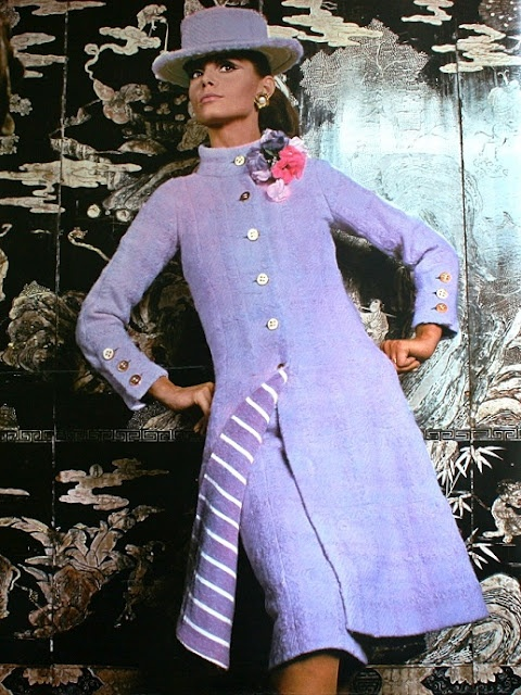 Suit by Chanel in violet tweed, 1967