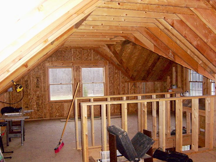 Amish Built Attic Car Garage With Loft Space: Bonus Room Loft Over Garage (stairs Up The Middle To