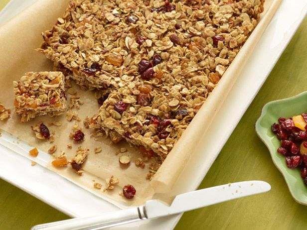 Homemade Granola Bars : Fair warning: Once you make Ina's homemade granola bars packed with oats, nuts, coconut and dried fruit, the kids may never want the boxed ones again. via Food Network
