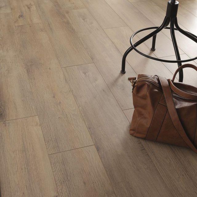 castorama parquet flottant trendy parquet contrecoll. Black Bedroom Furniture Sets. Home Design Ideas