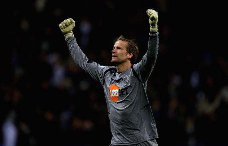 Jussi Jaaskelainen on Bolton Wanderers