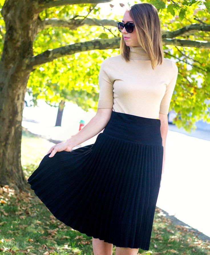 Entire outfit from a resale boutique! Accordion skirt, cashmere turtleneck. A classic fall look #resalestore #lookforless #fashiononabudget #affordablefashion