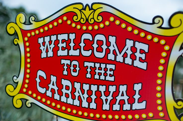 Welcome Signs - Carnival Party Theme {So Eventful}