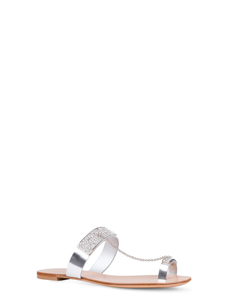 Casadei - Marrakech - 5144M009.AZ1BARB016 - Sandalo gioiello in pelle laminata effetto a specchio argento. Soletta in cuoio. 20 mm. Accessorio gioiello in metallo galvanizzato e laserato argento con motivo berbero ricoperto da cristalli Swarosvki. Pelle Laminata Effetto Specchio Made in Italy