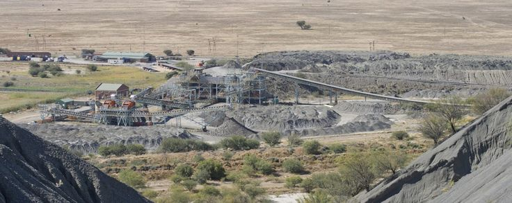 """NUM to March Against Kimberley Mines Sale on 14/01/2016 - http://www.kimberley.org.za/num-to-march-against-kimberley-mines-sale-14012016/?utm_source=PN&utm_medium=Pinterest+History+KImberley.org.za&utm_campaign=NxtScrpt%2Bfrom%2BKimberley+City - The union said the """"deal"""" in question could leave the future of about 600 workers """"hanging in the limbo"""". The National Union of Mineworkers (NUM) says it will embark on a protest march against De Beers next week to force the c"""
