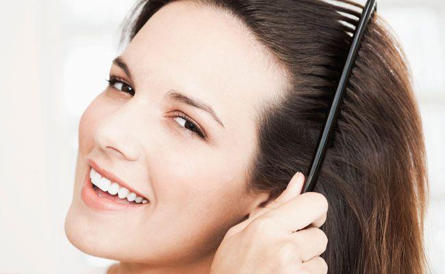Se você procura soluções simples e naturais, confira 8 receitas caseiras para aliviar a coceira e manter o couro cabeludo saudável.