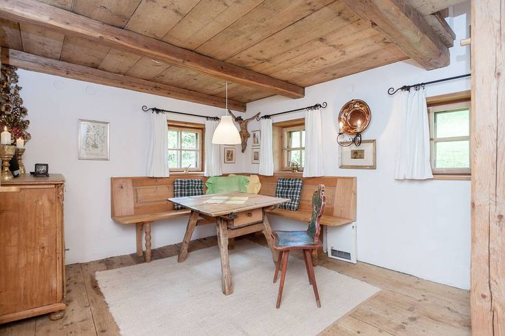 Tiny Romantic Cottage in Southern Austria for rent on Airbnb - Living Room
