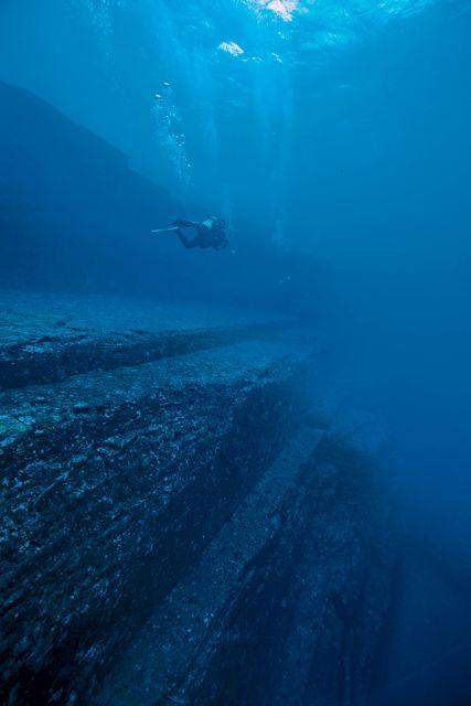 Yonaguni's mysterious and massive underwater ruins
