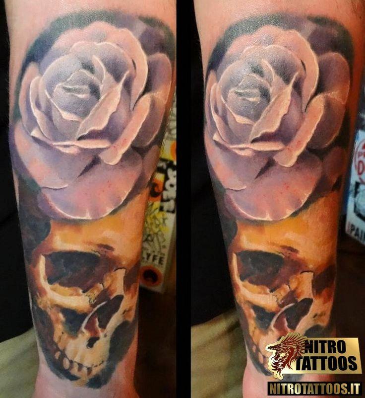 tatuaggio rosa bianca flowers tattoos pinterest. Black Bedroom Furniture Sets. Home Design Ideas
