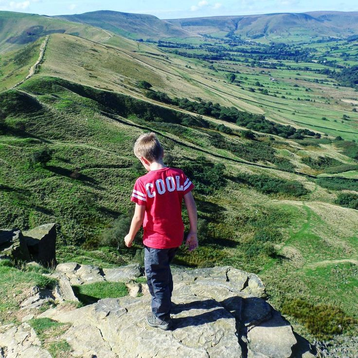 Throwback Thursday!  We are so lucky to live close to the #pennines and the #peakdistrictnationalpark. These beautiful landscapes are in…