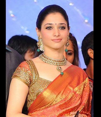 silk saree blouse design. Luv the blouse