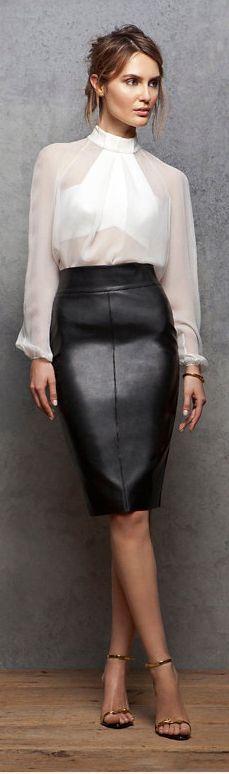 Salut les filles !  Au printemps, la bonne alternative mode à l'éternelle blouse reste le chemisier. Fluide, transparent ou imprimé, il y en a pour tous le