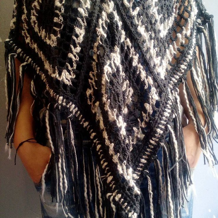 poncho #poncho #knitwear #summer #handmade #handmadeclothes  #boho #bohostyle  #knitting  #knittingaddict  #knittingtop  #summertops #fashionblogger  #fashion
