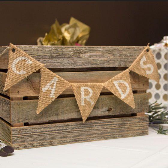 Holzkisten für Kartenkästen bei Hochzeiten   – Minnie & Kimo Wedding