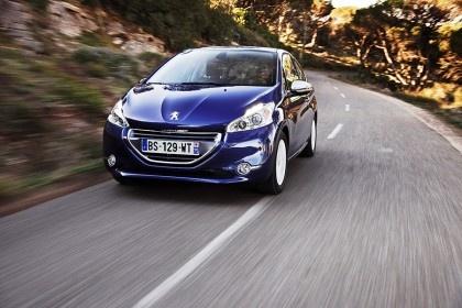 Start excelent pentru Peugeot 208