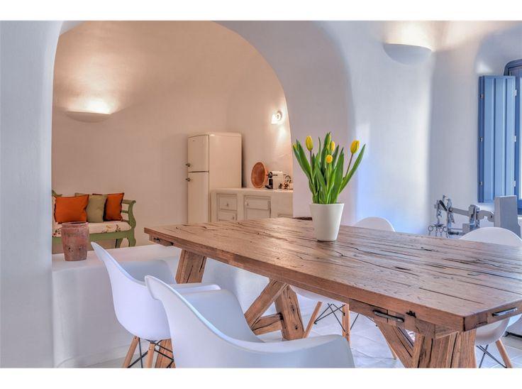 Luna suites in Pyrgos,Santorini , @oikostsebelis