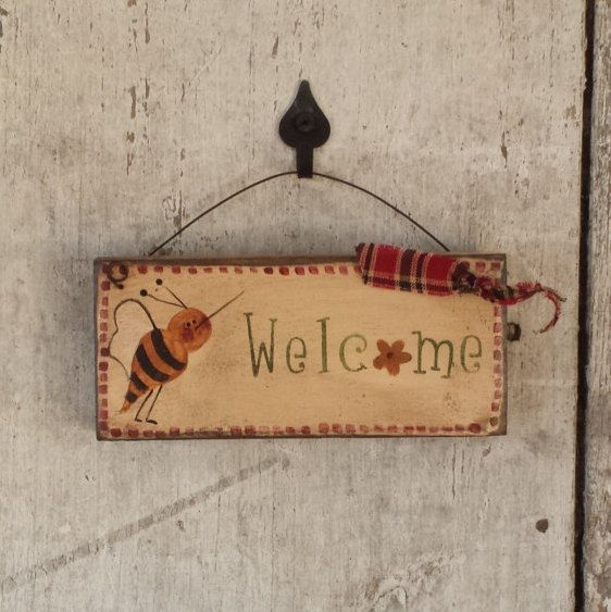 Primitive Country Bee Welcome SignBeeSummer DecorPrimitive Rustic