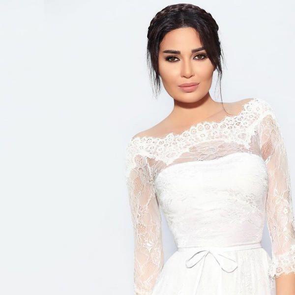 <P> Serina Abdel Nour en la serie de 24 quilates </ p>