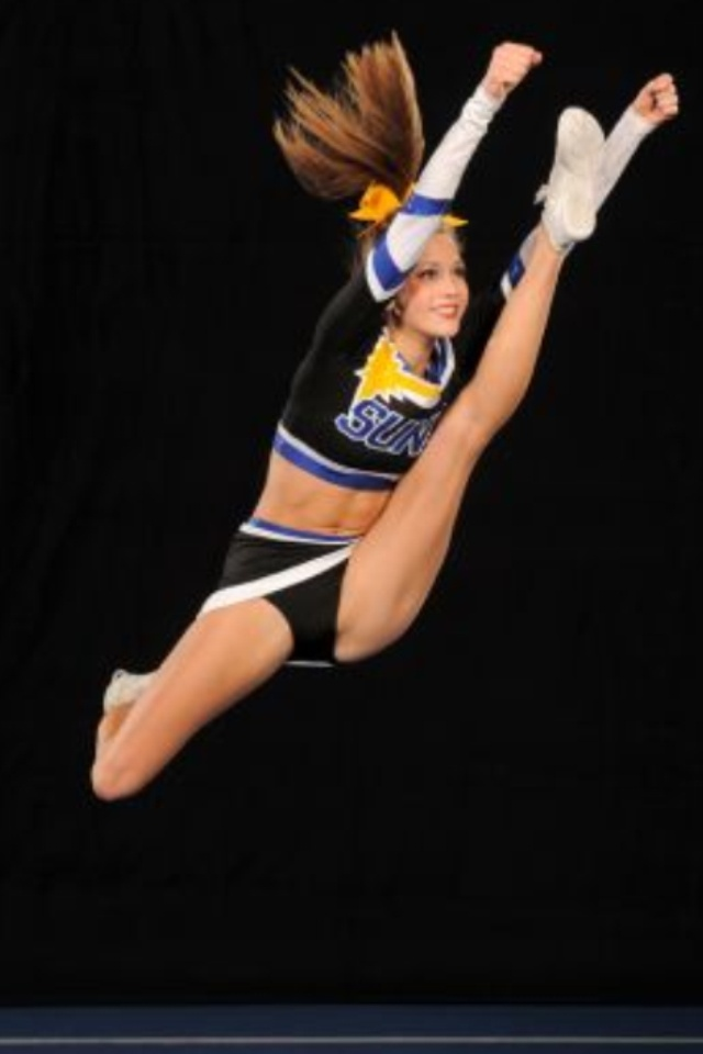 how to do a straddle jump cheerleading