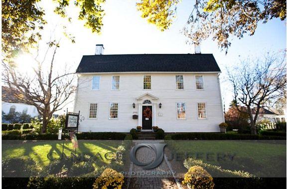 The Connecticut River Valley Inn in Glastonbury, Connecticut | B&B Rental