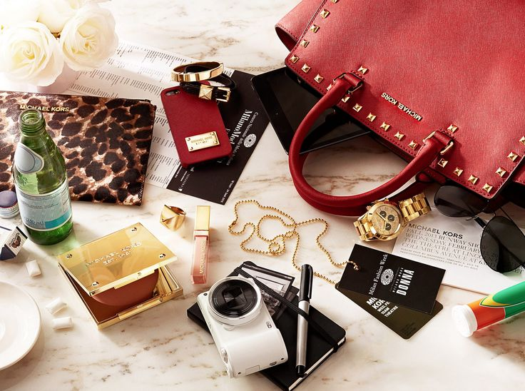 Great styled shot - would love to bunch of these with work pieces on a desk or also out of a handbag.