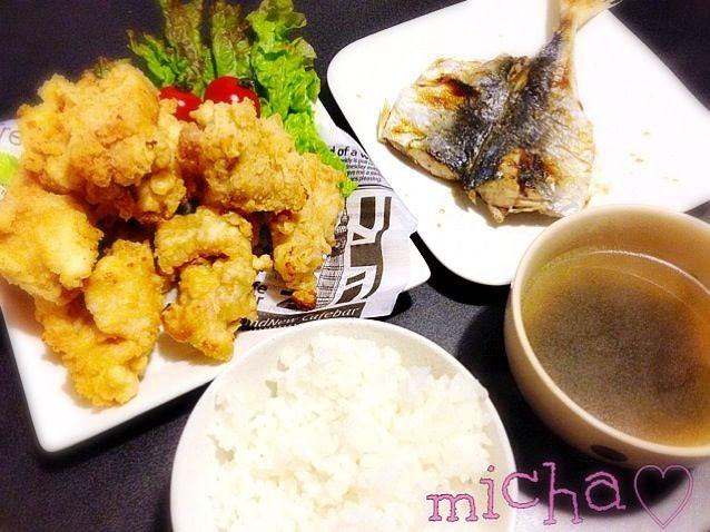彼氏ががっつり唐揚げ食べたい って言うので、たっぷり(^.^)♡ - 9件のもぐもぐ - 鶏の唐揚げ♡あじの塩焼き♡わかめスープ♡ by micha19891214
