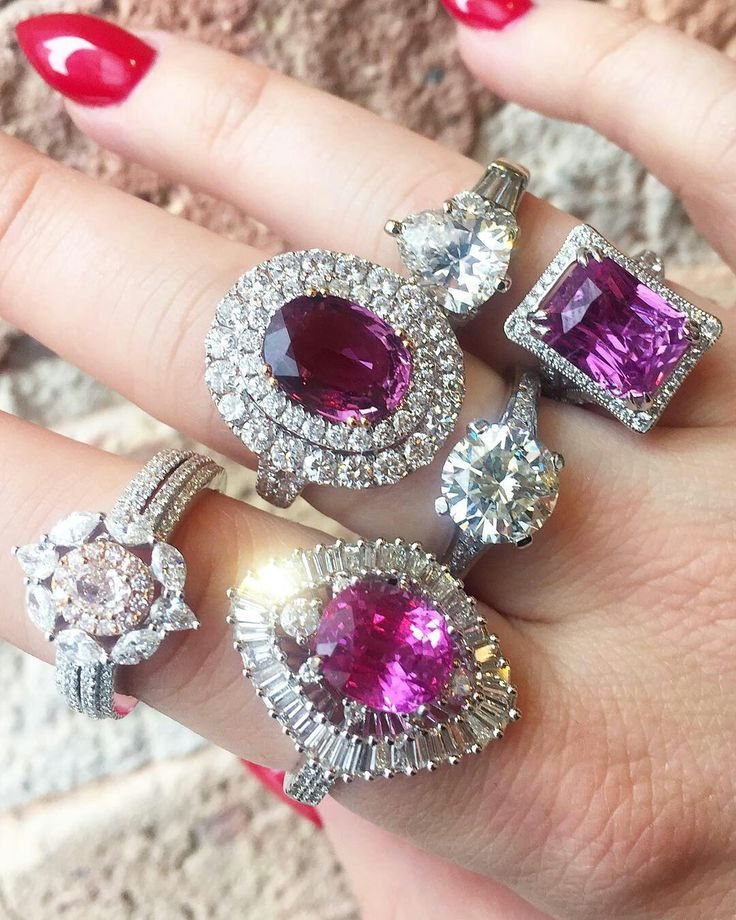 It's #nationalpinkday and we're totally prepared! Stop by our Chicago showroom to see more. @hajewerly