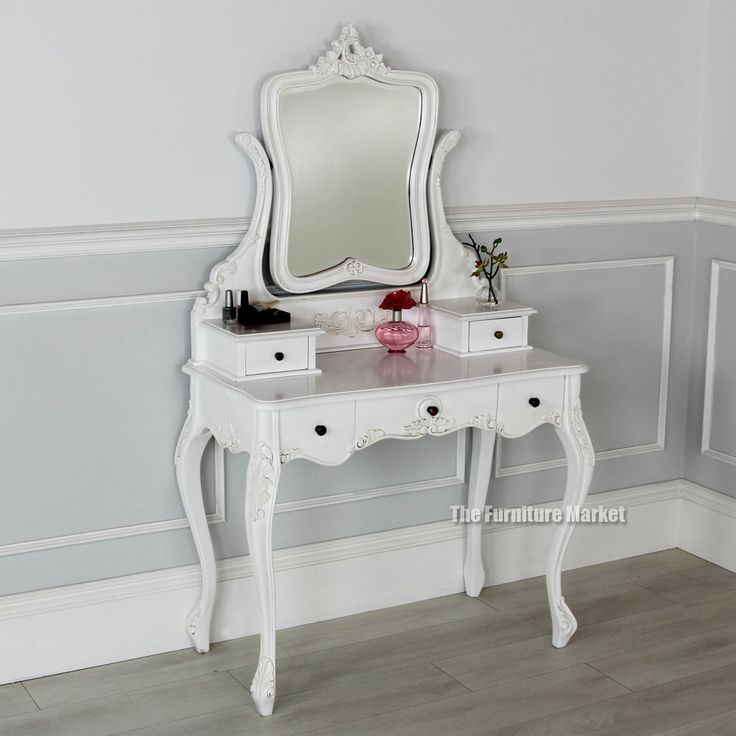 Best 25+ Small dressing table ideas on Pinterest   Small ...