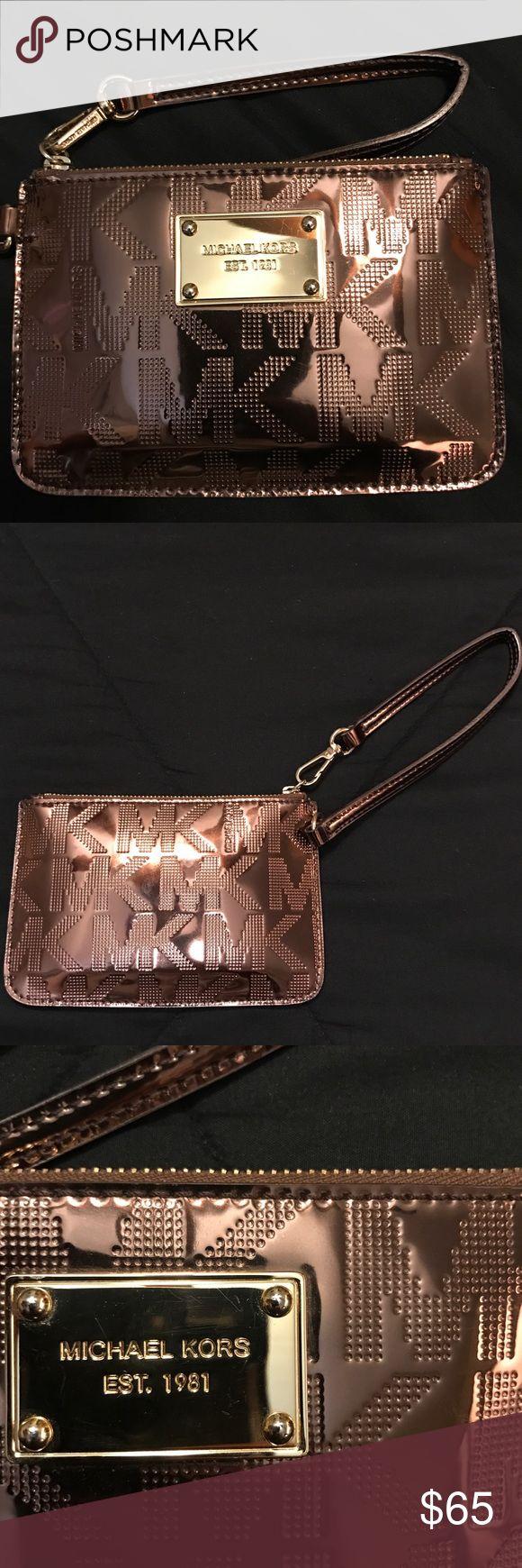Michael Kors clutch Michael Kors copper metallic & gold clutch Michael Kors Bags Clutches & Wristlets