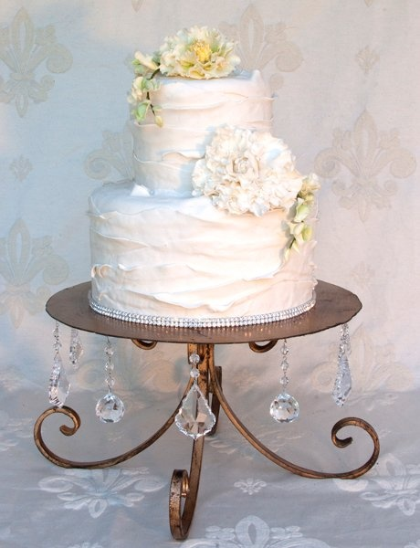 Fabulous Cake Stands by Nola B. | New Orleans Wedding Cakes | Best New Orleans Weddings www.nolabstyle.com