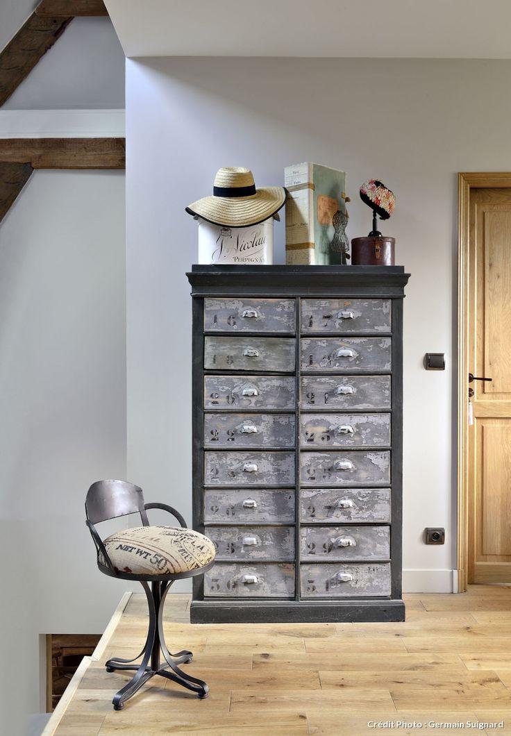 les 25 meilleures id es de la cat gorie relooking de meuble classeur sur pinterest classeurs. Black Bedroom Furniture Sets. Home Design Ideas